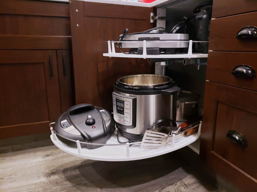 What is a blind corner cabinet? - THE HOMESTUD